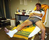 Ferrero in de ziekenboeg met gescheurde enkelbanden die hij opliep in zijn partij tegen raemon Sluiter
