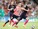 Athletic de Bilbao's Markel Susaeta (l) and FC Barcelona's Sergi Roberto during La Liga match. August 28,2016. (ALTERPHOTOS/Acero)