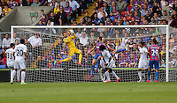 Pictured: Goalkeeper Lukasz Fabianski (TOP) grabs the ball from a Crystal Palace cross<br /> Re: Premier League match between Crystal Palace and Swansea City at Selhurst Park on Sunday 24 May 2015 in London, England, UK