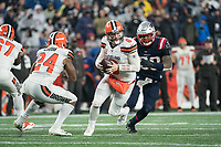FOXBOROUGH, MA - OCTOBER 27: Cleveland Browns Quarterback Baker Mayfield #6 prepares to pass as Cleveland Browns Runningback Nick Chubb #24 moves to block New England Patriots Linebacker Jamie Collins #58 during a game between Cleveland Browns and New Enlgand Patriots at Gillettes on October 27, 2019 in Foxborough, Massachusetts.