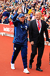 Stoke City 1 West Bromwich Albion 1, 24/09/2016. Bet365 Stadium, Premier League. Tony Pulis Head Coach of West Bromwich Albion takes the applause of the Stoke crowd as he heads to the dug outs before his 1,000th match as a manager. Photo by Paul Thompson.