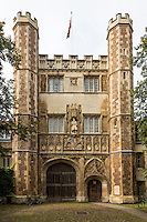 UK, England, Cambridge.  The Great Gate, Entrance to Trinity College, founded 1546 by Henry VIII.