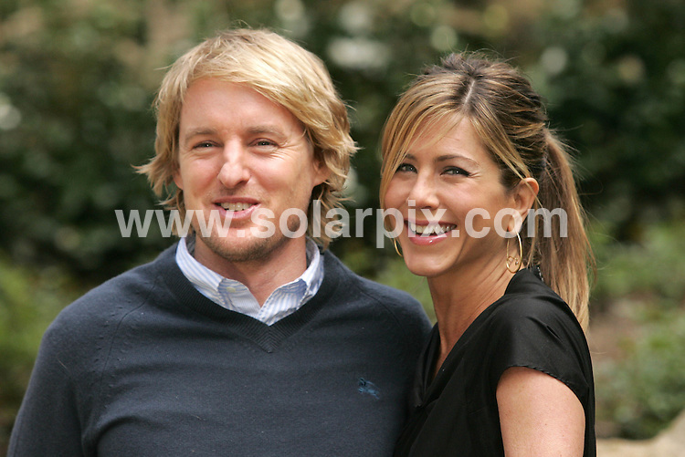 """**ALL ROUND PICTURES FROM SOLARPIX.COM**.**SYNDICATION RIGHTS FOR UK, AUSTRALIA, DENMARK, PORTUGAL, S. AFRICA, SPAIN & DUBAI (U.A.E) ONLY**.Jennifer Aniston and Owen Wilson  at The """"Marley & Me"""" Rome Photocall at The  Hotel De Russie in Rome, Italy...This pic:Jennifer Aniston and Owen Wilson..JOB REF: 8563    PHZ/Insidefoto    DATE: 27.02.09.**MUST CREDIT SOLARPIX.COM OR DOUBLE FEE WILL BE CHARGED**.**ONLINE USAGE FEE  GBP 50.00 PER PICTURE - NOTIFICATION OF USAGE TO PHOTO @ SOLARPIX.COM**"""