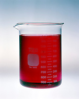 pH COMPARISON OF BUFFERED & UNBUFFERED SOLUTION<br /> (1 of 4)<br /> Unbuffered Solution With Methyl Red Indicator<br /> Unbuffered solution of 1.8x10 -5M hydrochloric acid, pH 4.74, with methyl red indicator. Indicator is red.