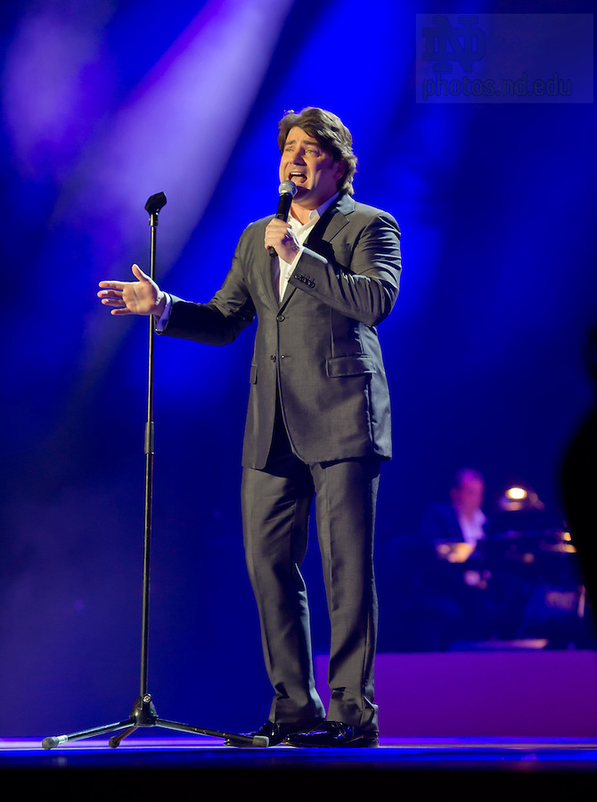 """Aug. 31, 2012; Singer Brian Kennedy sings in the """"Notre Dame a Welcome Home"""" pep rally at O2 arena in Dublin...Photo by Matt Cashore/University of Notre Dame"""