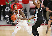 Arkansas forward Vance Jackson Jr. (2) looks for an opening to take a shot, Saturday, January 9, 2021 during the first half of a basketball game at Bud Walton Arena in Fayetteville. Check out nwaonline.com/210110Daily/ for today's photo gallery. <br /> (NWA Democrat-Gazette/Charlie Kaijo)