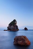 Offshore sea stacks, Harris Beach State Park, Brookings, Oregon, USA, North America
