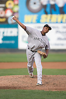 September 1, 2009: Vancouver Canadians' Joselito Adames delivers a pitch during a Northwest League game against the Everett AquaSox at Everett Memorial Stadium in Everett, Washington