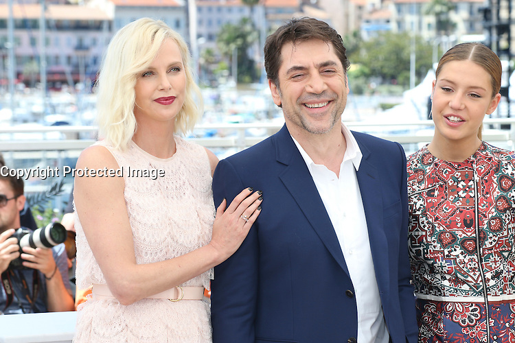 Charlize Theron, Jared Harris, Adele Exarchopoulos attends ' the last face' Photocall durig The 69th Annual Cannes Film Festival on May 20, 2016 in Cannes