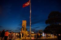 TURKEY Istanbul, Taksim Square / TUERKEI Istanbul, Taksim Platz
