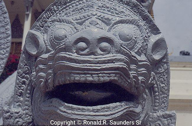 LION HEAD AT GRAND PALACE BANGKOK