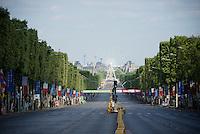 The Champs-Elysées before the madness hits<br /> <br /> Final stage 21 - Chantilly › Paris/Champs Elysées (113km)<br /> 103rd Tour de France 2016