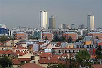 - Milan, panorama of the city with skyscrapers Pirelli and of Republic square (from left)....- Milano, panorama della città con i grattacieli Pirelli e di piazza Repubblica (da sin.)