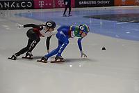 SPEEDSKATING: DORDRECHT: 05-03-2021, ISU World Short Track Speedskating Championships, Heats 500m Ladies, Nicole Mazur (POL), Martina Valcepina (ITA), ©photo Martin de Jong