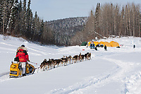 Mitch Seavey arrives at the Eagle Island checkpoint on the Yukon river during Iditarod 2009