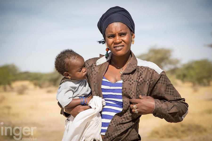 Fulani girl and child near Marigot 1, St Louis, northern Senegal