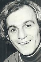 1977 FILE PHOTO - ARCHIVES -<br /> <br /> Narrow escape for Lafleur<br /> <br /> <br /> 1977<br /> <br /> PHOTO : Doug Griffin  - Toronto Star Archives - AQP
