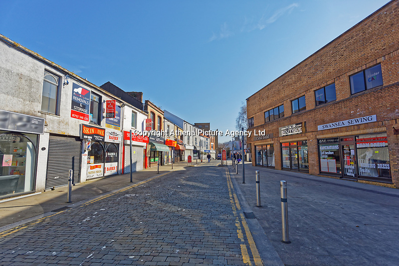 Pictured: Closed stores in the city centre of Swansea, Wales, UK. Wednesday 25 March 2020 <br /> Re: Covid-19 Coronavirus pandemic, UK.