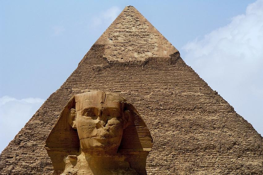 Great Sphinx of Cairo, Egypt & Khafre pyramid. The Pyramid of Khafre is the second-largest of the Ancient Egyptian Pyramids of Giza and the tomb of the fourth-dynasty pharaoh Khafre (Chephren).<br /> Christian Rosenbaum photographer.