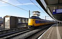 Nederland - Amsterdam -  November 2019. Trein bij station Amsterdam Muiderpoort.   Foto Berlinda van Dam / Hollandse Hoogte