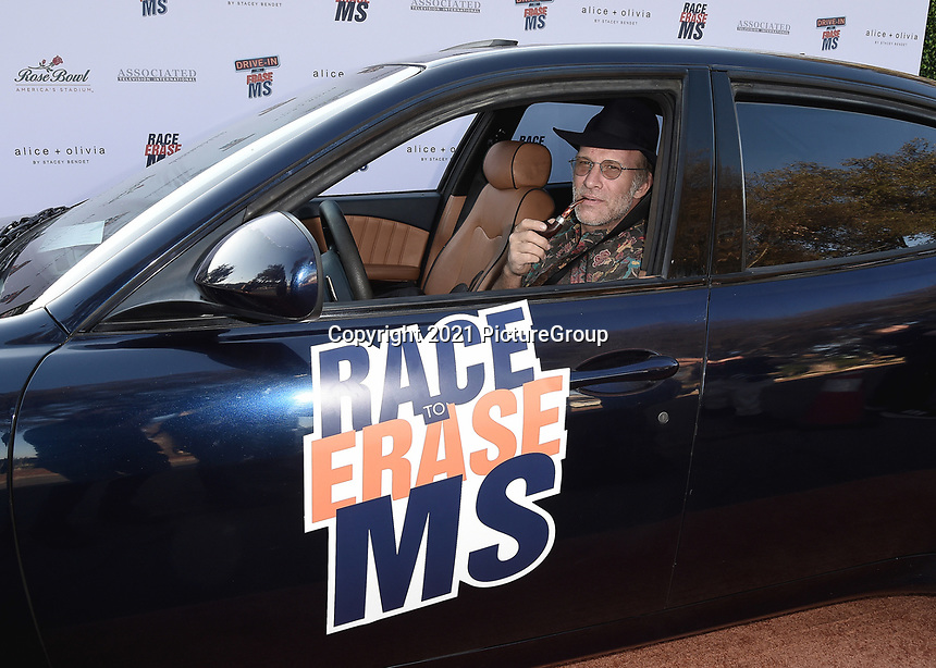 PASADENA, CA - JUNE 4:  Thomas Jane at the 28th Annual Race to Erase MS Drive-In Gala at The Rose Bowl in Pasadena, Friday, June 4, 2021 (Photo by Scott Kirkland/PictureGroup)