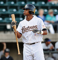 August 2, 2009: Infielder Miguel Arrendell (7) of the Greeneville Astros, rookie Appalachian League affiliate of the Houston Astros, in a game at at Pioneer Park in Greeneville, Tenn. Photo by:  Tom Priddy/Four Seam Images