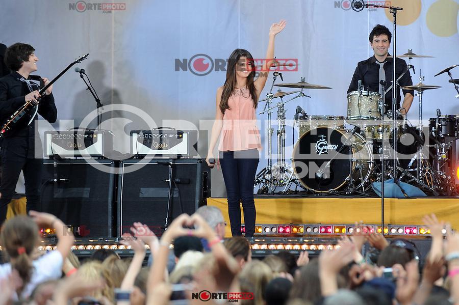 Selena Gomez performs on ABC's 'Good Morning America' at Rumsey Playfield, Central Park on June 17, 2011 in New York City. © mpi01 / MediaPunch Inc. / NortePhoto.com.<br /> <br /> <br /> **CREDITO*OBLIGATORIO** *No*Venta*A*Terceros*<br /> *No*Sale*So*third* ***No*Se*Permite*Hacer Archivo***No*Sale*So*third*©Imagenes*con derechos*de*autor©todos*reservados*.