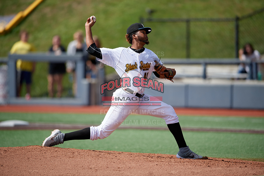 West Virginia Black Bears pitcher Francis Del Orbe (48) during a NY-Penn League game against the Batavia Muckdogs on August 29, 2019 at Monongalia County Ballpark in Morgantown, New York.  West Virginia defeated Batavia 5-4 in ten innings.  (Mike Janes/Four Seam Images)