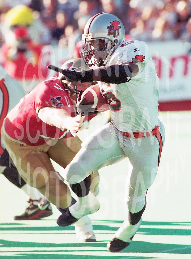 Cory Philpot BC Lions running back 1996. Copyright photograph Scott Grant
