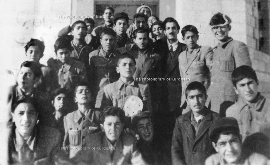Iran 1966 .Schoolboys and their teacher in Sakkez .<br /> Iran 1966 .Eleves et leur professeur dans une ecole de Sakkez