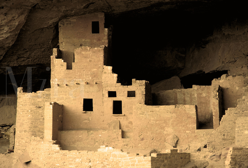 Anasazi Indian cliff dwelling.  Ancient history, prehistoric, native culture, aboriginal, Native American. Colorado USA Mesa Verde National Park.