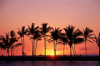 Beautiful sunset on anaehoomalu beach, big island.