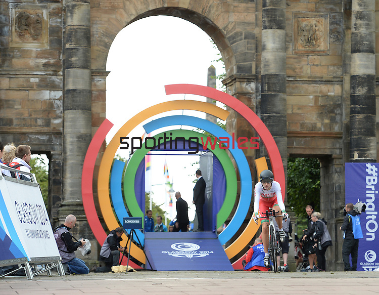 Wales' Elinor Barker sets off on her lap<br /> <br /> Photographer Chris Vaughan/Sportingwales<br /> <br /> 20th Commonwealth Games - Day 8 - Wednesday 30st July 2014 - Cycling - time trial - Glasgow - UK