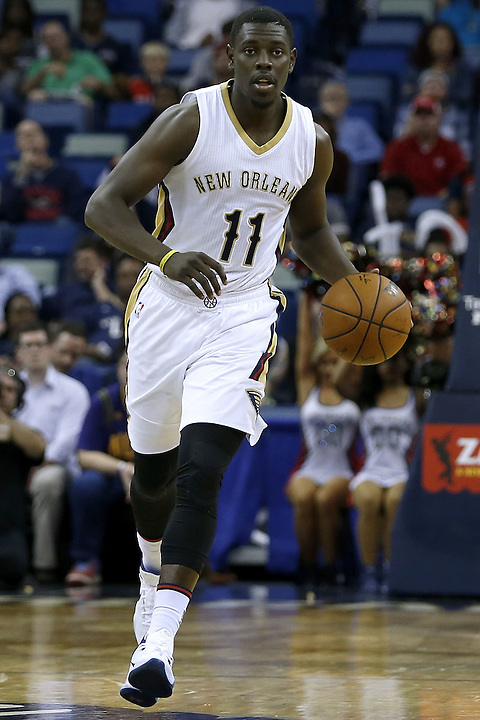 NEW ORLEANS, LA - MARCH 07:  Jrue Holiday #11 of the New Orleans Pelicans drives with the ball during a game at Smoothie King Center on March 7, 2016 in New Orleans, Louisiana. NOTE TO USER: User expressly acknowledges and agrees that, by downloading and or using this photograph, User is consenting to the terms and conditions of the Getty Images License Agreement.  (Photo by Jonathan Bachman/Getty Images)