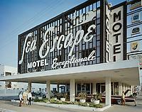 Sea Escape Motel, Virginia Beach, Virginia - Entrance