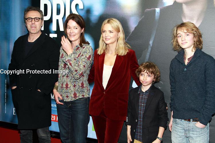 Gilbert Melki, Emmanuelle Cuau, Virginie Efira, Jean-baptiste Blanc, Renan PrÈvot - Avant-premiËre du film 'Pris de Court' ‡ Paris, le 23/03/2017.