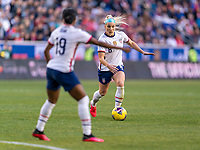 HARRISON, NJ - MARCH 08: Crystal Dunn #19 calls for the ball from Julie Ertz #8 of the United States during a game between Spain and USWNT at Red Bull Arena on March 08, 2020 in Harrison, New Jersey.