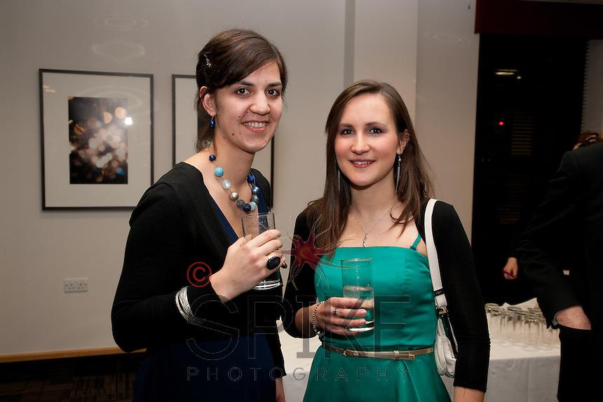 Evelien De Ridder (left) meets Joanna Davis