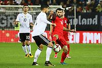 Emre Can (Deutschland Germany) gegen Rahid Amirguliyev  (Aserbaidschan) - 08.10.2017: Deutschland vs. Asabaidschan, WM-Qualifikation Spiel 10, Betzenberg Kaiserslautern