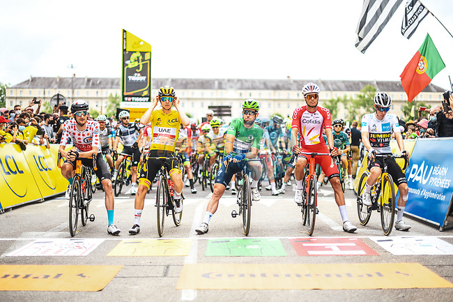 The jersey leaders line up for the start of Stage 18 of the 2021 Tour de France, running 129.7km from Pau to Luz Ardiden, France. 15th July 2021.  <br /> Picture: A.S.O./Charly Lopez | Cyclefile<br /> <br /> All photos usage must carry mandatory copyright credit (© Cyclefile | A.S.O./Charly Lopez)