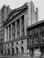 Where new bank will make its home; An interesting innovation in banking was announced this week with the statement that a branch of Barclay's Bank; of Egland.<br /> in Montréal, Québec<br /> <br /> 1929<br /> <br /> PHOTO : Toronto Star Archives - AQP