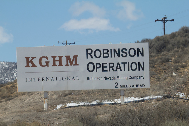 Mining, USA, Ely, Nevada, Open pit copper mine and mine tailings, Robinson Nevada Mining Company owned by KGHM International which is owned by foreign owned KGHM Polska Mied? S.A,
