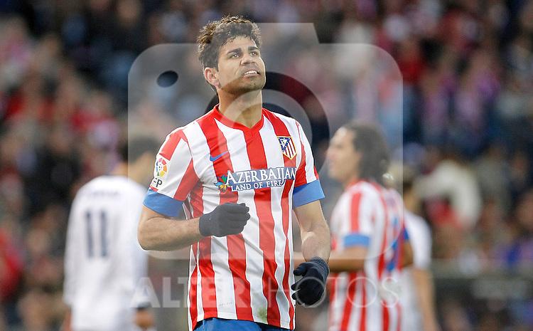 Atletico de Madrid's Diego Costa dejected during La Liga match. April 27, 2013. (ALTERPHOTOS/Alvaro Hernandez)