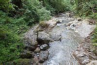Gebirgsbach, Gebirgs-Bach, naturnaher Bach, Waldbach, Wasser, Bach, Alpen, Kärnten, Österreich