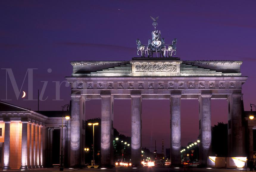 Brandenburg Tor, Berlin, Germany, Europe, Brandenburger Gate in the evening.