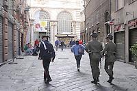 - Genova, militari e Carabinieri in servizio di sicurezza nel centro città<br /> <br /> - Genoa, military and Carabinieri in security service in the city center