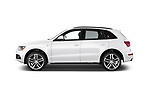 Car driver side profile view of a 2015 Audi SQ5 quattro tiptronic Premium 5 Door SUV