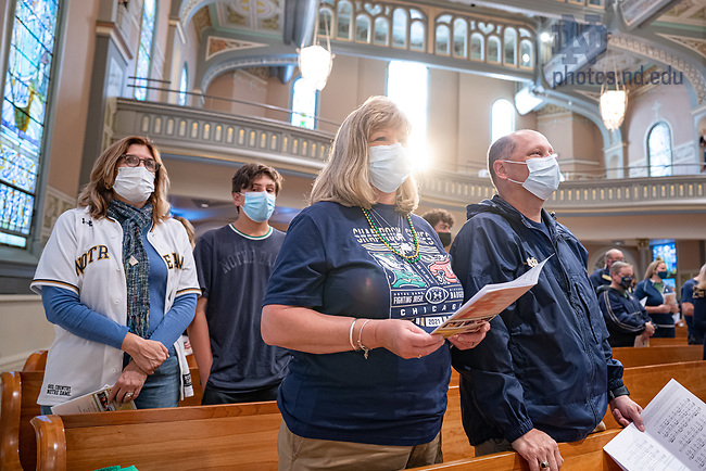September 25, 2021; Mass at Old St. Pat's Church in Chicago before the 2021 Shamrock Series game between Notre Dame and Wisconsin. (photo by Matt Cashore/University of Notre Dame)