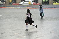 BOGOTA-COLOMBIA-23-04-2013.  Fuerte invierno sobre el país . Photo / VizzorImage / Felipe Caicedo / Staff .BOGOTA-COLOMBIA- 23- 04 -2013.  Strong winter over the country.( Photo / VizzorImage / Felipe Caicedo / Staff).