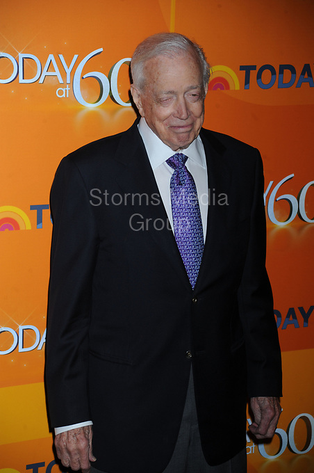 NEW YORK, NY - JANUARY 12: Hugh Downs attends the 'TODAY' Show 60th anniversary celebration at The Edison Ballroom on January 12, 2012 in New York City<br /> <br /> People:  Hugh Downs